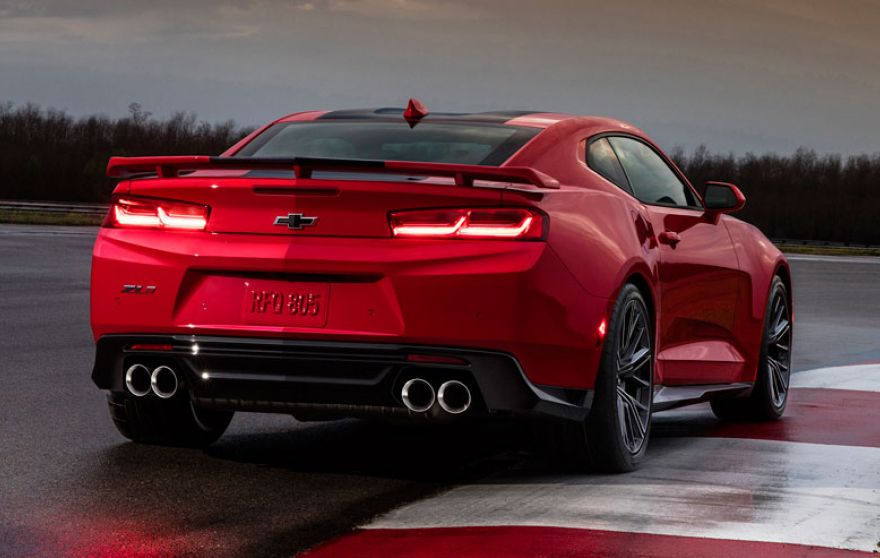 2017 #Camaro ZL1 Will Hit 60 MPH in First Gear. Could Be Good For Mid 3 Seconds https://t.co/wdOP7InBiC https://t.co/u9cBdD4cXk