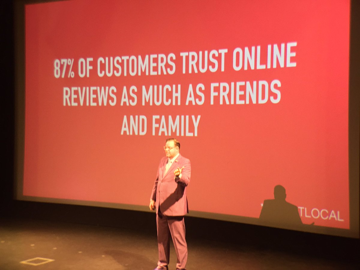 Crazy! 87% of customers trust online reviews as much as friends and family. Jay Baer #ufx2016 https://t.co/emZ5URbwJL