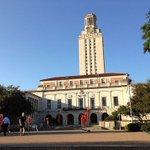 UT-Austin students snatch up free dildos for gun protest https://t.co/UEs7yk2mdq https://t.co/gFPLtv60vb