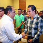 @HectorAstudillo entrega 136 apoyos económicos a jóvenes emprendedores prosperando @INADEM_SE @Prospera_MX https://t.co/fpP6DM11JT