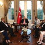 Başbakan Yıldırım, Avrupa Parlamentosu Dış ilişkiler Komitesi Başkanı Elmar Brok ile görüştü. https://t.co/Y7OnKnZdZ4