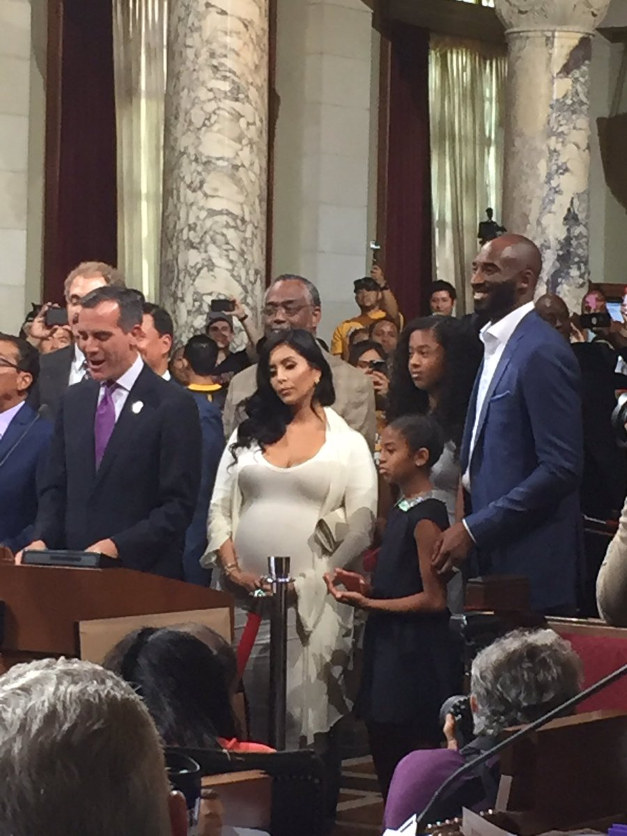 Kobe & family thanked for their contributions in fighting homelessness in LA #KobeBryantDay @lakers @TWCSportsNet https://t.co/frMixtjhls