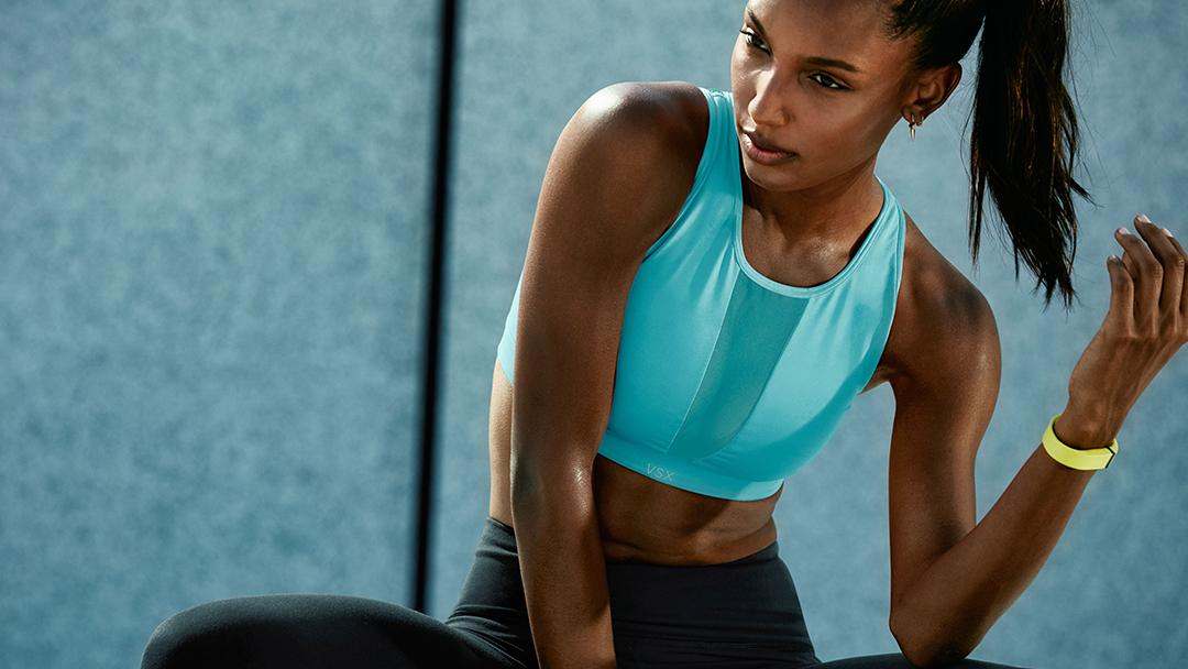 Work it out, then wear it out: the new look from @victoriasport: https://t.co/rvX18P2rM4 https://t.co/pkxb19zm4A