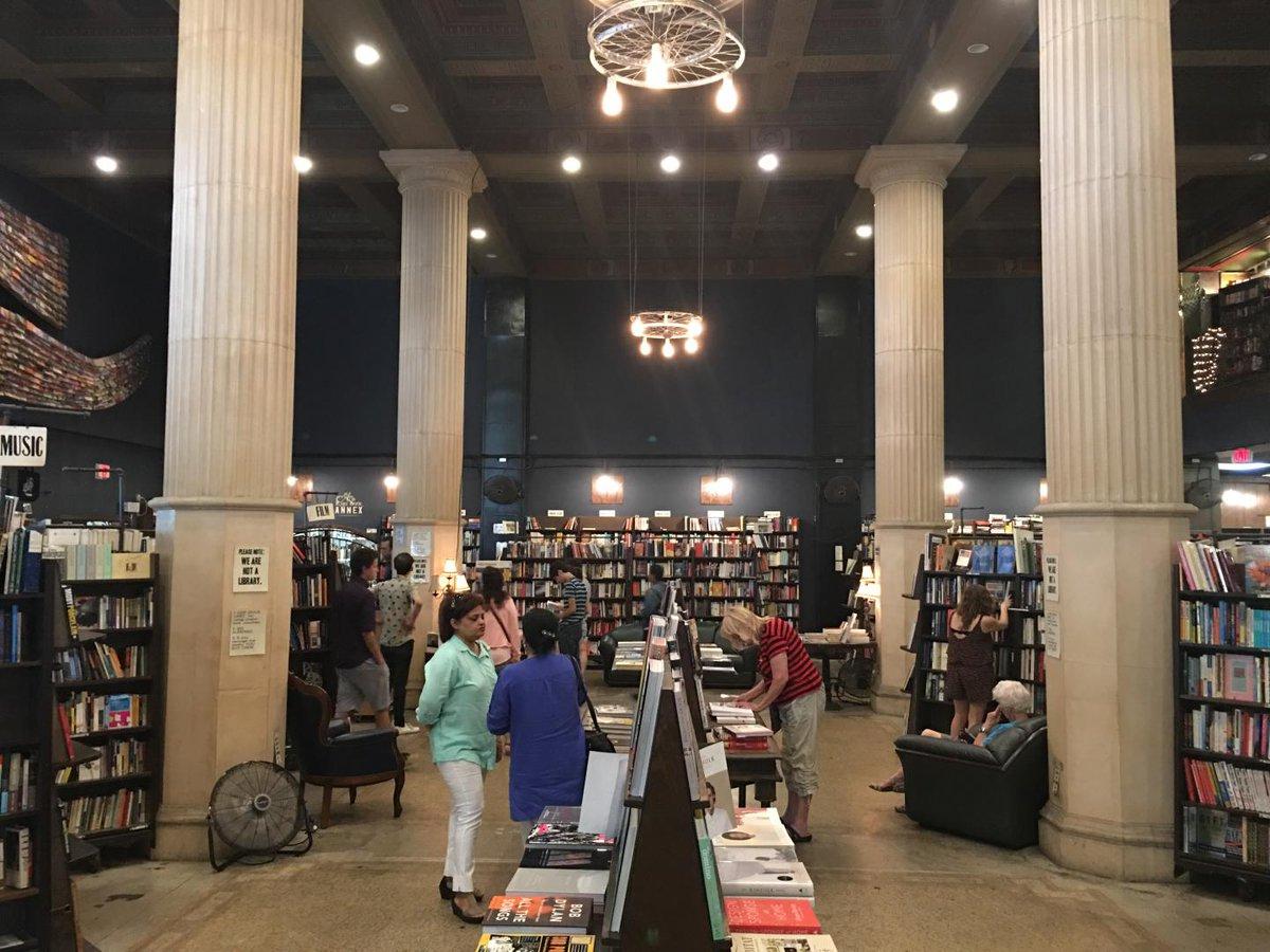 The fashion bookstore los angeles 42