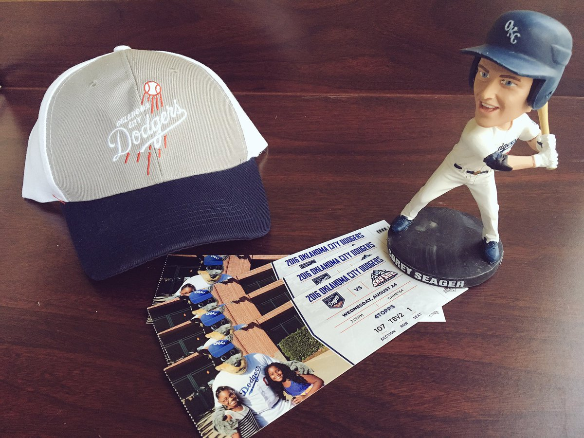 No plans tonight? RT for a chance to win 4 tix to @okc_dodgers game VS Sky Sox at 7:05. Free swag, food & drinks.⚾️