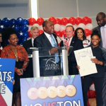 Mayor @SylvesterTurner proclaimed today #SimoneBiles day. #Houston https://t.co/tgJxPDwK4x