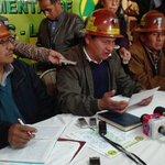 #URGENTE Dirigencia de cooperativistas señalan que el afiliado fallecido es Fermín Mamani Aspeti de 25 años #Bolivia https://t.co/DwoMFfUUNh