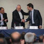 Muy productivo encuentro con el Canciller Javad Zarif de Irán. Proyectos concretos en beneficio de nuestros pueblos https://t.co/b2mQELbmYK