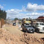 Construcción de muro y cajonera para estabilizar quebrada en sector Río Amarillo #Av.OrdóñezLasso #Azuay @tomebamba https://t.co/OmazCrr6DJ