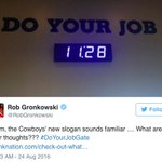 .@RobGronkowski hit the Cowboys with the 🤔🤔🤔 https://t.co/MwdmcH2VgF https://t.co/1LTZI04toI