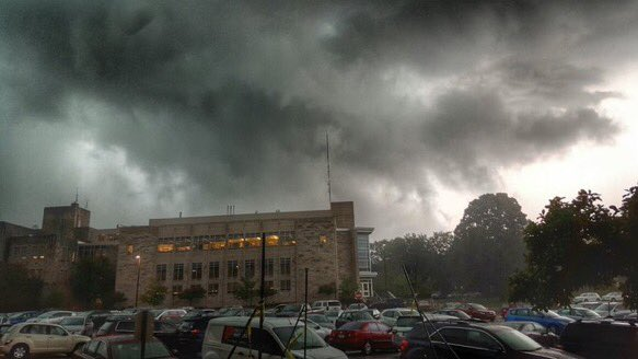 Current scene on campus as captured by @LinosMusicJam. This #INwx no joke. Take cover! https://t.co/kY9Me4HdqP