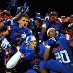 Whos gonna get the dub?  RT for Cedar Hill (TX) Like for Bishop Gorman (NV) https://t.co/nJyF1pZuKh
