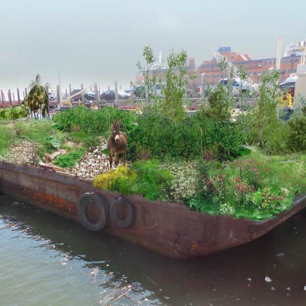 "There's a ""food forest"" floating around the New York Harbor this summer—have you seen it? @SwaleNY https://t.co/jqLwP6P8Vd"