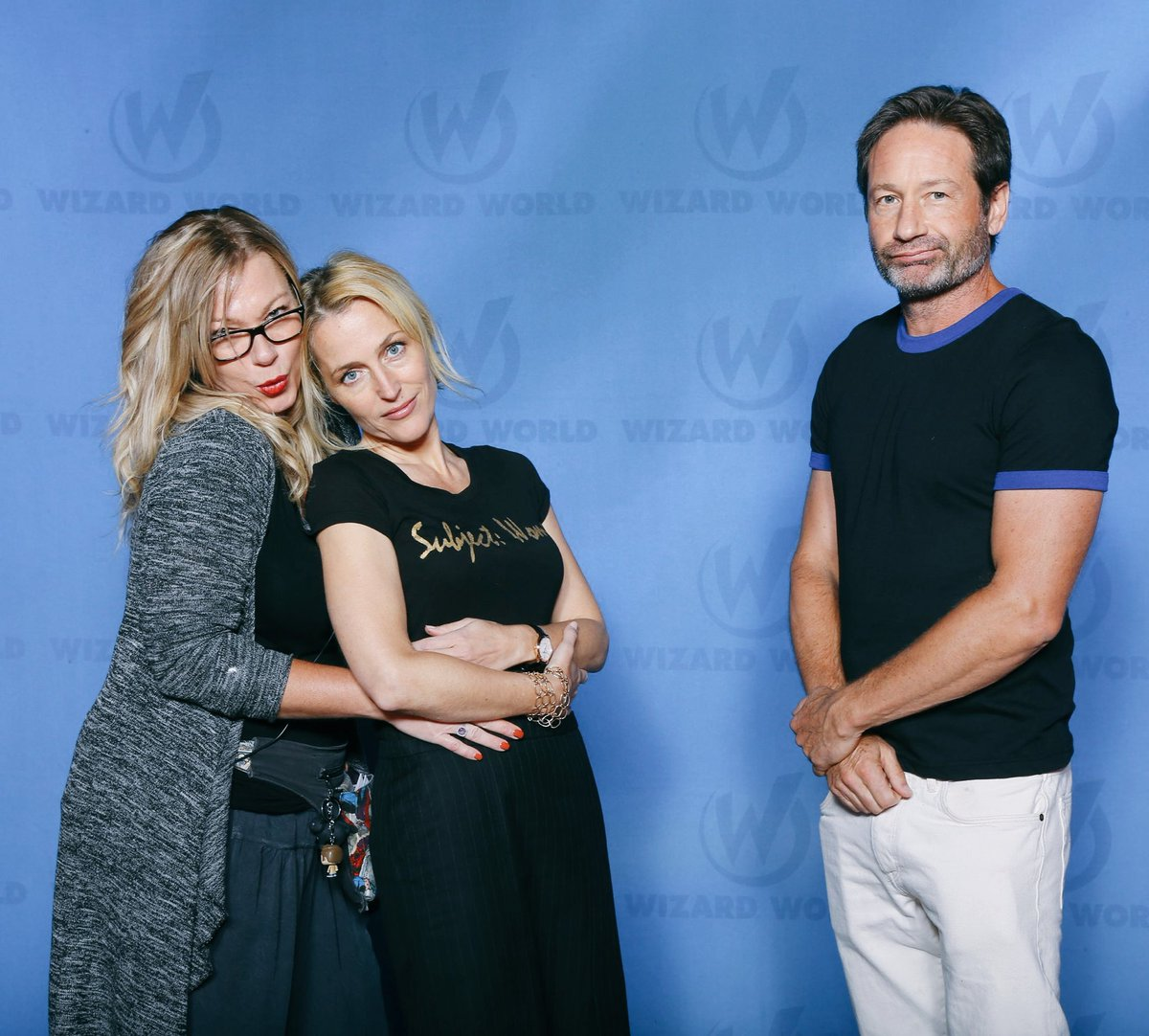 From the #awkwardprom series #GillianAnderson and @davidduchovny and I at the 'Come Sail Away' Junior/Senior prom. https://t.co/bijCwyUczT