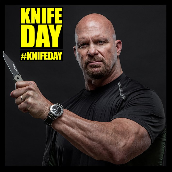 The mighty @steveaustinBSR rockin' the BROKEN SKULL! Happy National #KnifeDay everyone! https://t.co/bQGcRGnSWs