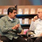 #FOTOS: @NicolasMaduro ratifica compromiso con el pueblo venezolano durante bautizo de libro de Hugo Chávez https://t.co/rq9BgEohjx
