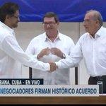 #ATENCIÓN Iván Márquez y Humberto de la Calle firman en este momento #AcuerdoFinal junto a delegados de Cuba https://t.co/yChb1vDWws