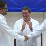 """""""Las armas desaparecerán de las manos de las FARC"""": Humberto de la Calle en firma de Acuerdo Final. https://t.co/H1IAVHHpLZ"""