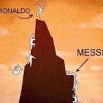 La différence entre Ronaldo et Messi 👌🏽👌🏽 https://t.co/IiC6qdHKkb