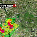 7:14pm- Severe storms moving into SW OK. Front of a brand new line entering Oklahoma. Hail and wind. #okwx @NEWS9 https://t.co/29xyWdwUSc