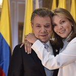 ¡Gracias @JuanManSantos ! Hoy empieza un nuevo camino para Colombia #SíALaPaz https://t.co/vwJsytL0D7