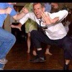 #BabtousVsToutLemonde Vos babtous qui dansent comme ça pour sintégrer aux mariages rebeu / renoi wsh https://t.co/GKajOotXMr