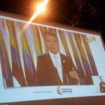 Al PanPan y al VinoVino! Crédito a @JuanManSantos x su voluntad pa q Colombia sueñe #SíALaPaz #GanandoLaPaz Gracias! https://t.co/RJOlIQlrjZ