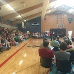 The fire information meeting at Freeman Hs just started. #WaWILDFIRES #spokanecomplex #kxly https://t.co/QFIGslTHos