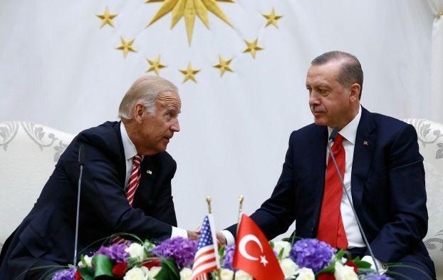 #صورة تحمل الكثير من المعاني .. أوضح معنى أن #أمريكا متورطة بالانقلاب وتود السماح ! #تركيا #أردوغان #Erdogan #Turkey https://t.co/dh17xJaERY
