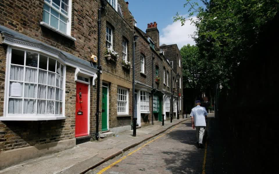 First time buyers bounce back on to the property market https://t.co/AZvx5dMJiX #SocialMedia #EstateAgents https://t.co/yoFhjlaIaI