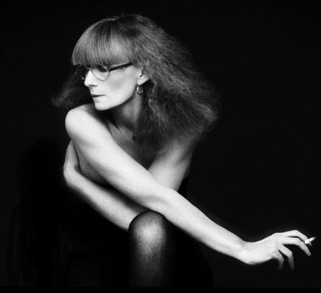 La créatrice #SoniaRykiel s'est éteinte à l'âge de 86 ans. Vogue lui rend hommage. https://t.co/sVEDGfQUuZ https://t.co/KbuhSTEOrk
