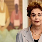 Chances de Dilma Rousseff escapar de impeachment são mínimas: https://t.co/2E1Pv2uHQW https://t.co/irKAs8BkSD