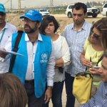 #EnviadoEspecial llegó hoy a uno de los 3.900 campos de refugiados en #Líbano junto a voluntarios de #ACNUR. https://t.co/j4iyfyaB5q