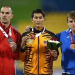 Abdul Latif Bin Romly, 19 tahun. Ranking No 1 dunia dalam acara Lompat Jauh. Power atlet paralimpik kita! #MISIM https://t.co/SQEYlL1W6D