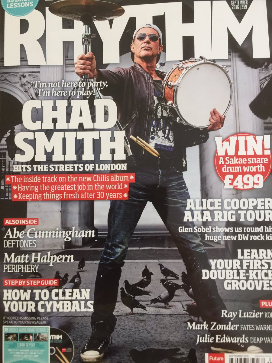 I got trusted by @RhythmMagazine to interview @RHCPchad and here it is !! #redhotchillipeppers https://t.co/PvIWfbJbTJ