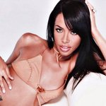RIP Aaliyah We love you forever 🌹 https://t.co/EGaPEYgNXZ