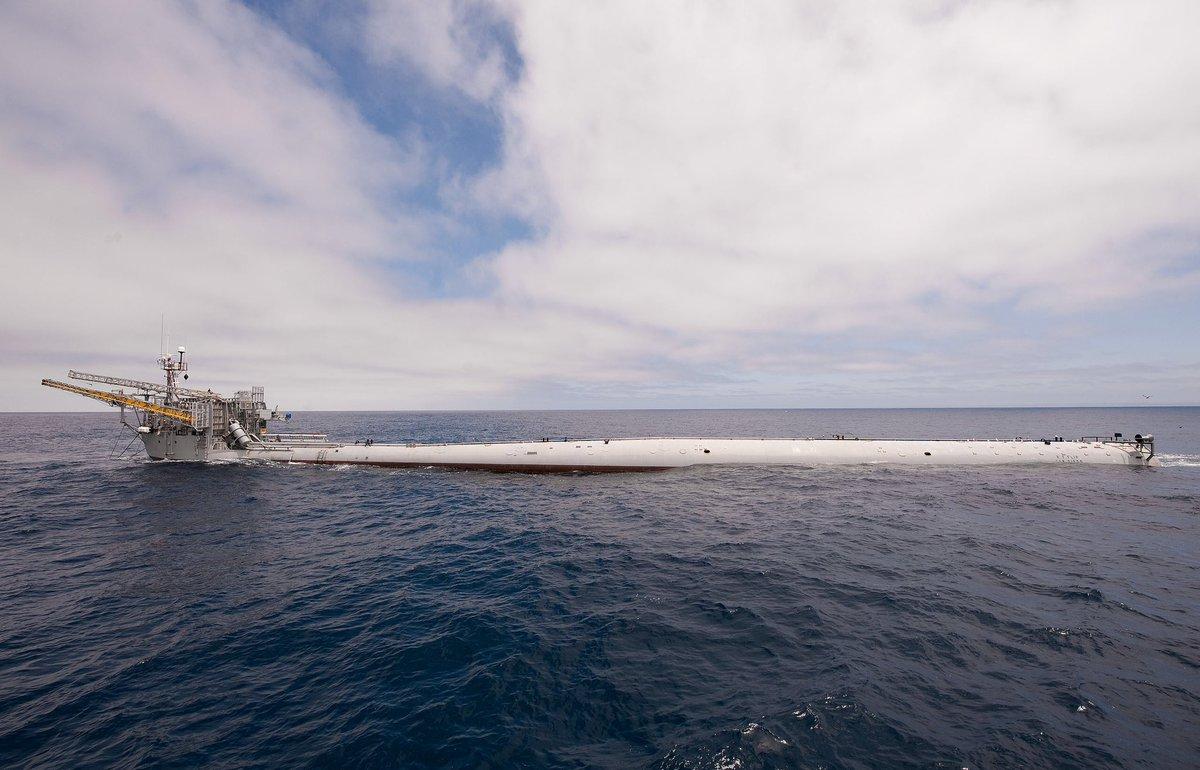 Arrêtez tt & admirez ce navire océanographique !  Vidéo : https://t.co/H6z6EqM1Ue // Wiki : https://t.co/WfJfLafWe4 https://t.co/ziuxo4hdWC