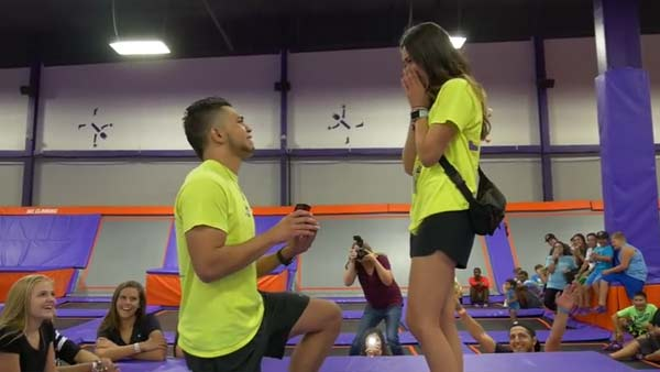 video man proposes during flash mob at altitude trampoline park in lubbock https