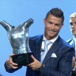 Cristiano Ronaldo se convierte en mejor jugador de Europa por segunda vez en su carrera. ¡Leyenda! https://t.co/Kpae1WmxgV