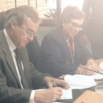 .@MininterPeru y #MIMP firman Convenio de cooperación para fortalecer articulación contra violencia a la mujer https://t.co/AUinyZCJ3A