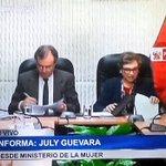(1/4) Ministro Basombrío suscribe convenio con @Mimp_Peru que contribuirá a erradicar la violencia familiar. https://t.co/ivljbmYGYq
