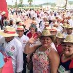 En unidad vamos por la #RevoluciónProductiva de México: @EPN @EnriqueOchoaR @ManuelCota @CNC_CEN #78CongresoCNC https://t.co/hPhTDrTh0d