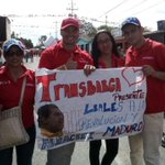 Trabajadores (as) presentes en la multitudinaria marcha en apoyo al Pdte @NicolasMaduro | @NelsonTorcate @minpptt https://t.co/PGpdwnnOEL