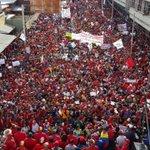 """Pdte .@NicolasMaduro contacto telf con el pueblo de Lara""""esto es apenas el calentamiento del musculo revolucionario"""" https://t.co/RPHa3u2VQa"""