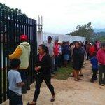 Padres de familia exigen salida de CNTE de Oaxaca para iniciar clases https://t.co/RybSwXQBUF https://t.co/lCCfZtaAil