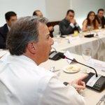 Me reuní con asambleístas, jefes delegacionales y la líder del #PRI CDMX . https://t.co/UGLuZHmHIJ