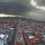 Así luce ahora la lluvia desde la webcam instalada en Torre Latino con vista al Norte de la Ciudad de México #CDMX: https://t.co/pchisihBtK