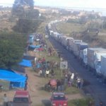 Profesores de la CNTE abren circulación en #Nochixtlán, maneje con cuidado #Oaxaca. Vía @oaxacain https://t.co/RK3SP0A1B8