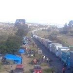 Maestros de la Coordinadora levantan el bloqueo de Nochixtlán y dejan paso libre a cientos de camiones https://t.co/Lqb0MeAXzp
