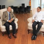 Great discussion with Public Enterprise Minister Kabir Hashim about good governance. #SriLanka https://t.co/TAPIPA4hmo
